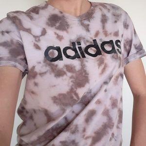 Adidas M Tie Dye Tshirt Graphic Spellout